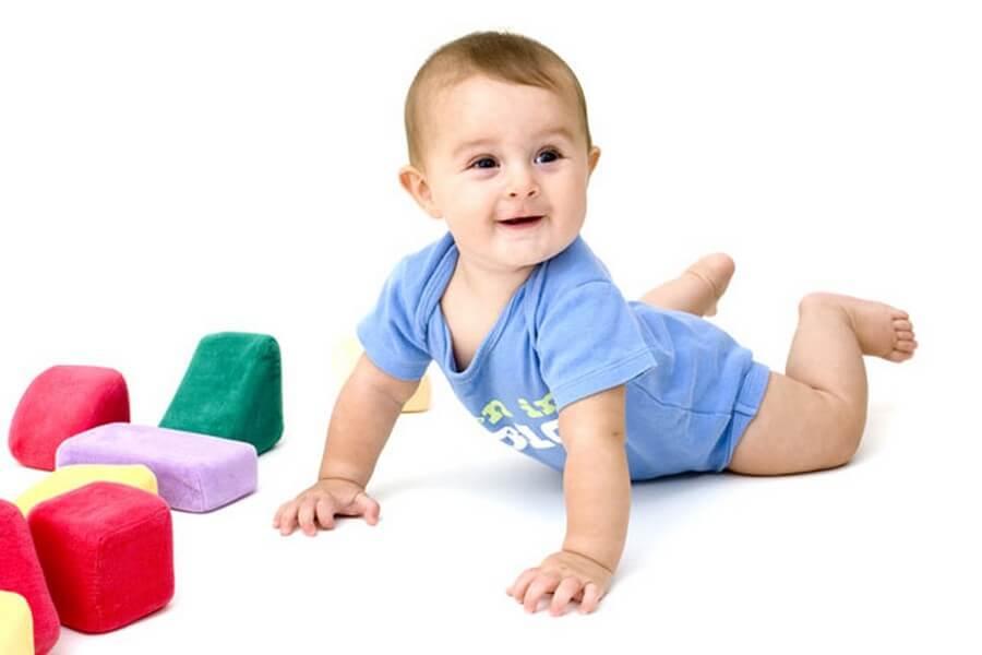 Tumbuh Kembang Anak 2 Tahun dan Cara Menghadapi Kenakalan Anak