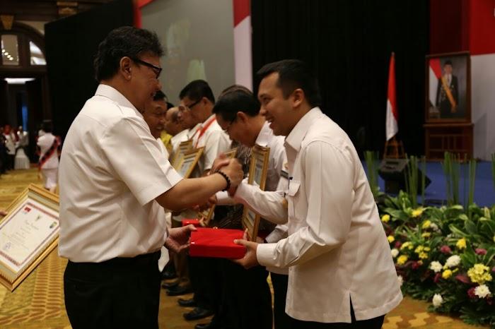 Lampung Meraih Penghargaan Terbaik Penanganan Konflik Sosial.
