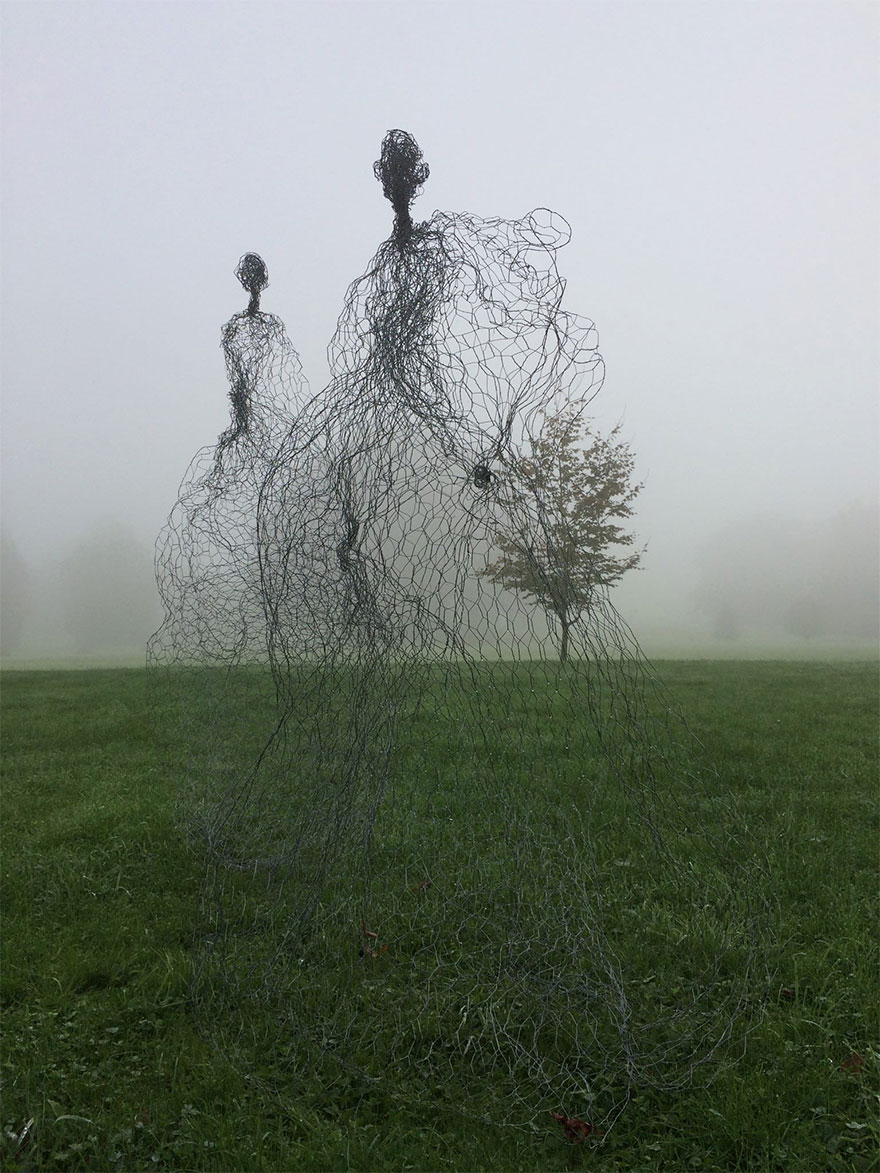 42 Of The Most Beautiful Sculptures In The World - Magic Wire Mesh Sculpture By Pauline Ohrel, France