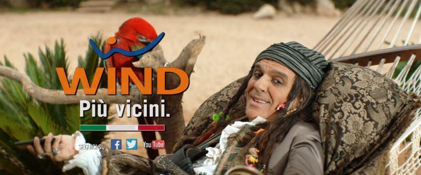 Canzone Wind pubblicità con pirati e pappagallo rosso - Musica spot Novembre 2016