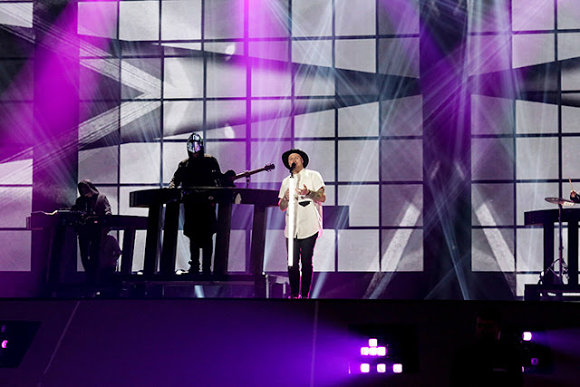 JOWST interpretando 'Grab the moment' en Eurovisión (Photo: Thomas Hanses)