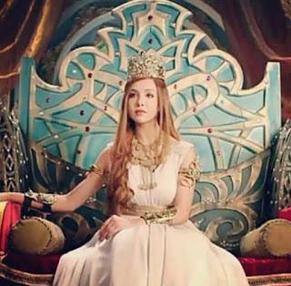 Foto Tanu Khan sebagai ratu Helena di Chandra Nandini