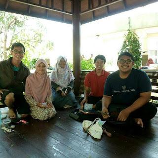 Gathering Pengurus Harian KOMMUN Surabaya