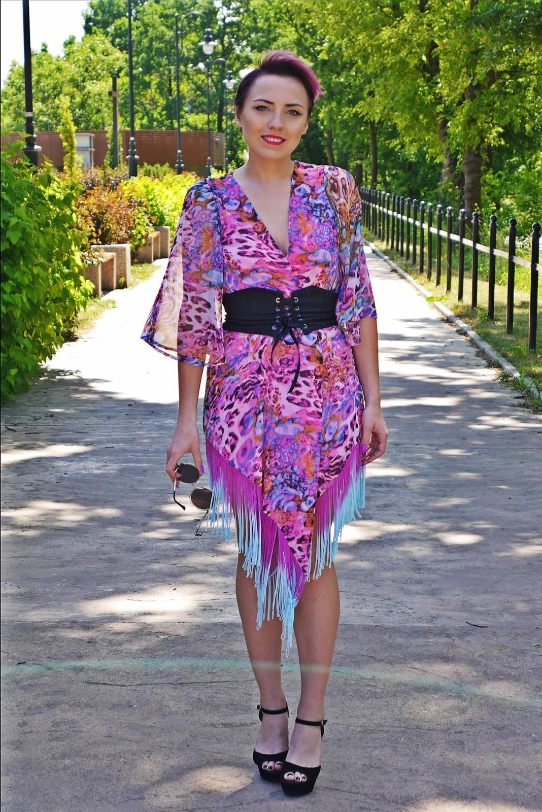 rozowe_kimono_karyn_blog_modowy_pasek_gorset_150617b