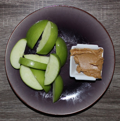 Granny Smith apple & peanut butter