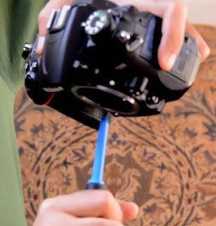 Tips membersihkan kamera DSLR