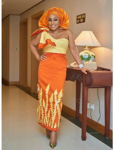 Actress Rita Dominic look absolutely gorgeous in colorful traditional attire