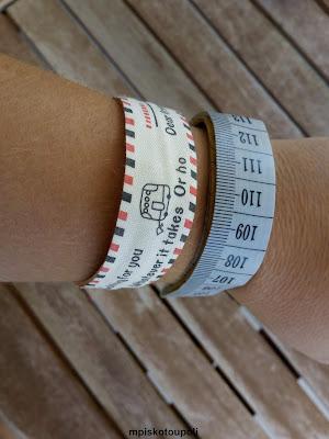 bracelets from ice cream sticks7