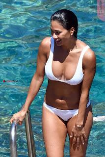 Nicole-Scherzinger-508+%7E+SexyCelebs.in+Bikini+Exclusive+Galleries.jpg