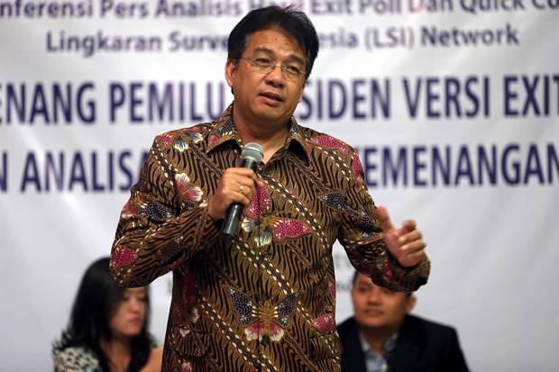 Sebut Prabowo Kalah Telak dari Jokowi, Borok Denny JA Diungkap Sejumlah Tokoh