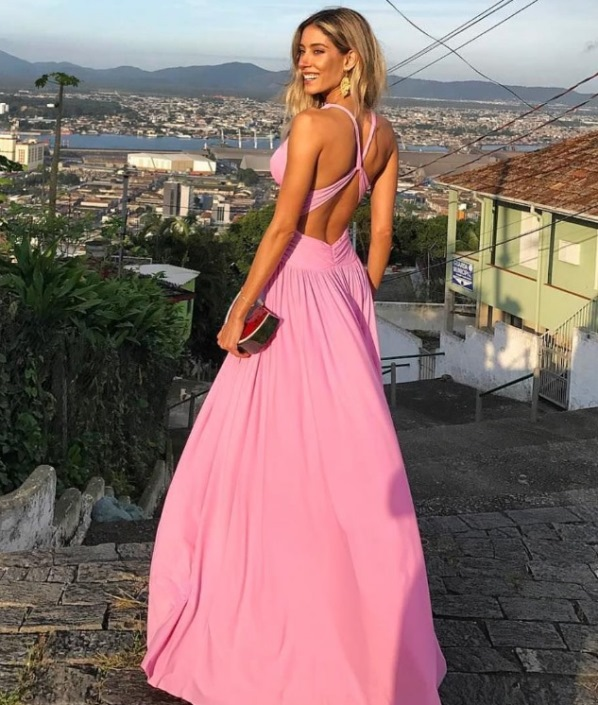 vestido de festa rosa  casamento ao ar livre