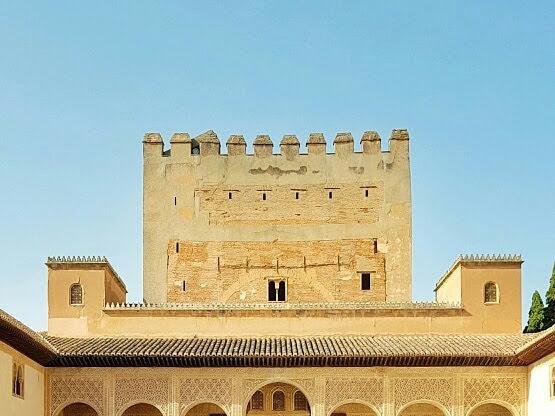 Alhambra: Keindahan yang Tak Lekang Masa