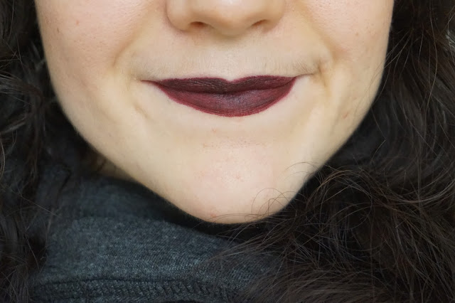 favorite_fall_winter_lipsticks_rouge_à_lèvres_selection_revue_avis_swatches_automne_hiver_kat_von_d_studded_lipsticks_homegirl