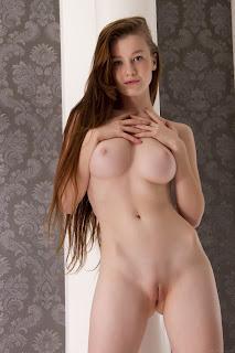 Hot Girl Naked - Emily%2BBloom-S01-055.jpg