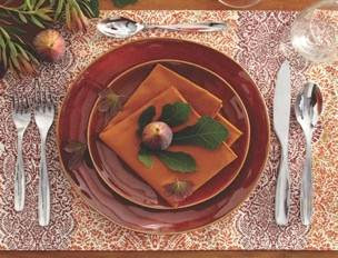 tabletop+5 Holiday Table Setting Ideas 19