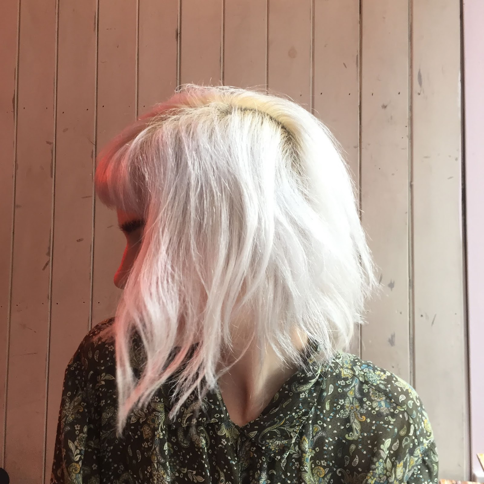 Bleach London silver shampoo result- silver white hair