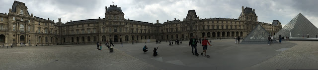 Panorama of the Louve's courtyard