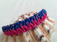http://auratreasury.blogspot.ca/2015/10/diy-how-to-make-paracord-bracelet-ankle.html