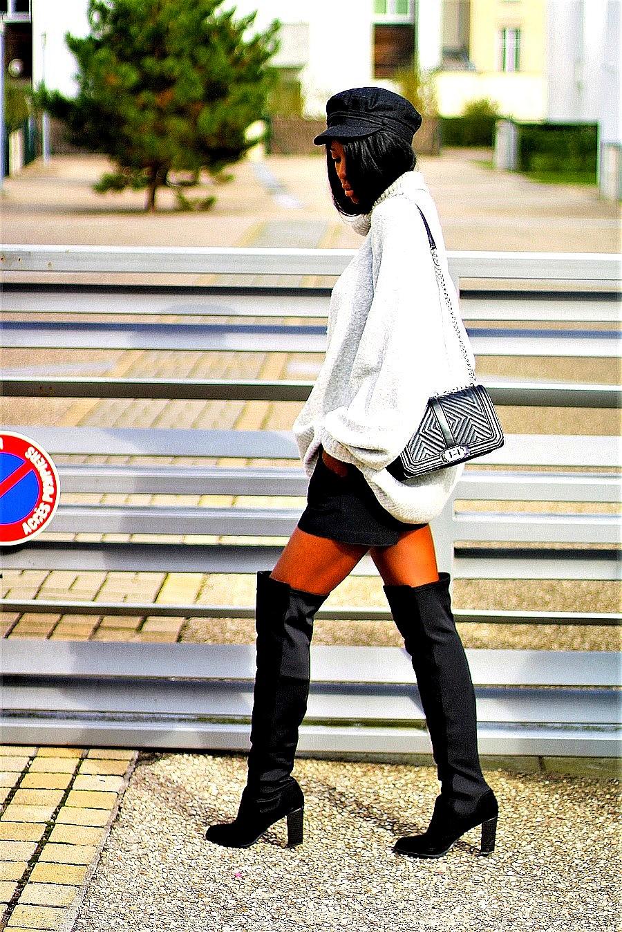 look-tendance-casquette-robe-pull-marin-cuissardes-pas-cher