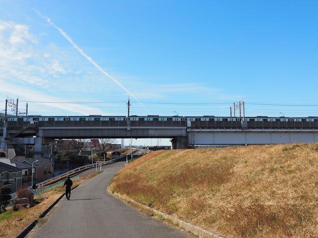 荒川自転車道 新幹線・埼京線