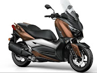 Lebih Dekat dengan Yamaha XMAX 250