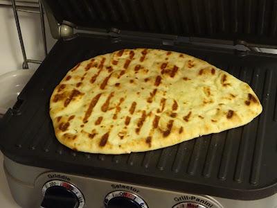 Tool Smokin Bbq Taco Pizza On Naan Flatbread