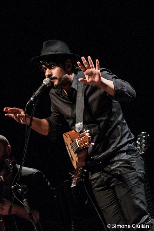 Alessandro Mannarino Live At Auditorium Parco Della Musica Testo E