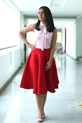 Rashi Khanna New Gorgeous Photos gallery-thumbnail-9