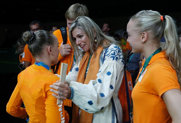 Maxima wore March 11 Poppy Flower Midi Dress. Queen Maxima, Princesss Catharina-Amalia, Princess Ariane, Princess Alexia at Rio Olympics Artistic Gymnastics events, Sanne Wevers