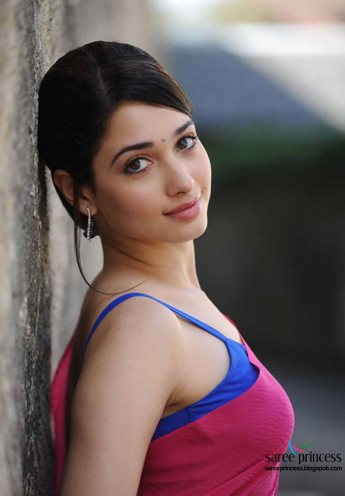 Latest Tamanna In Saree: Tamil Actress Tamanna Sizzling Hot Look In Thin Sarees