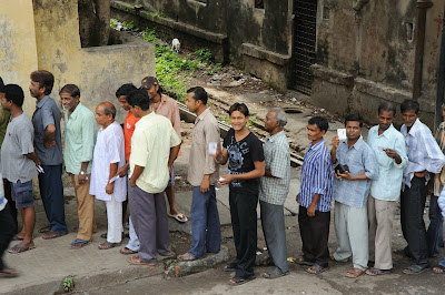 indian voters in queue