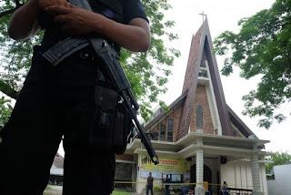 Ternyata Teroris Bayaran Toh,  Polisi: Peneror Gereja Medan Ditawari Uang Rp 10 Juta - Commando