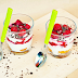 DIY: Ovocný pohár s kyslou smotanou a sušienkami