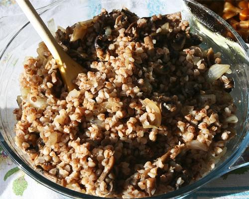 Гречка с грибами и луком рецепт