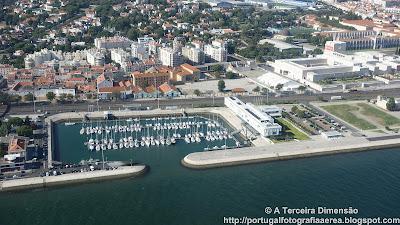 Lisboa - Belém - Doca do Bom Sucesso