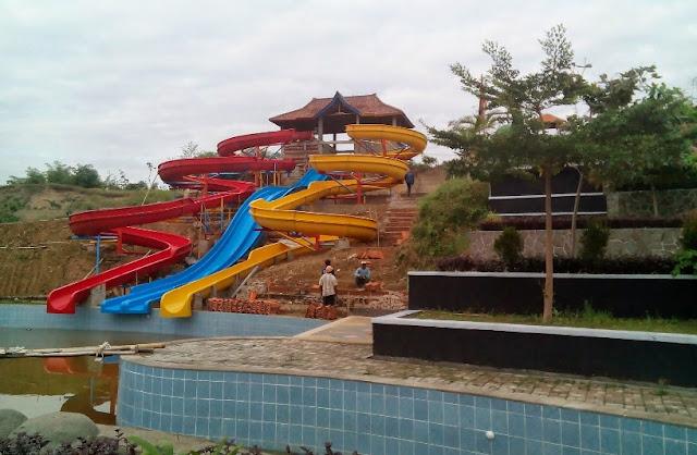 Jembar Waterpark Kasokandel Majalengka