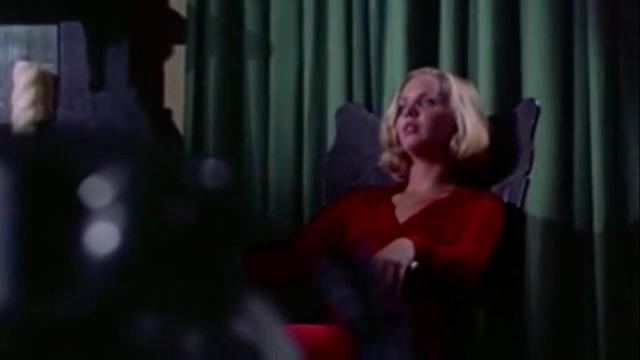 Susan Bracken as Amanda Post in DON'T OPEN THE DOOR (1974).