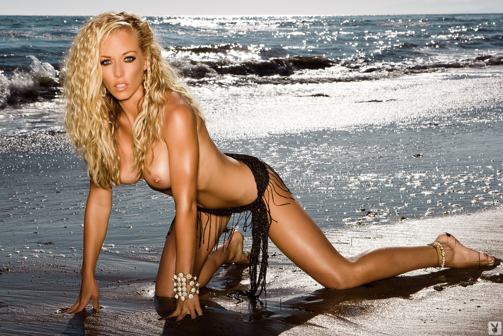 Kendra Wilkinson  Hot Backgrounds-7387