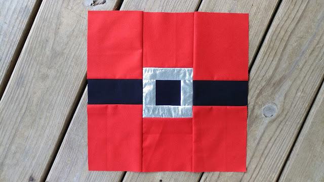 Santa's Belt quilt block tutorial for Christmas quilt along