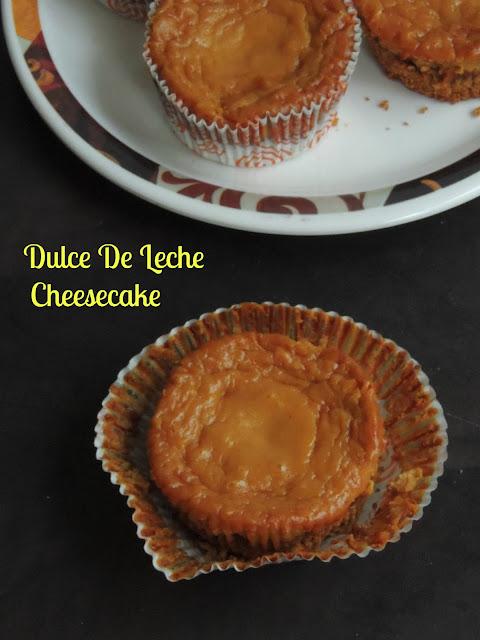 Dulce de leche cheesecake muffins