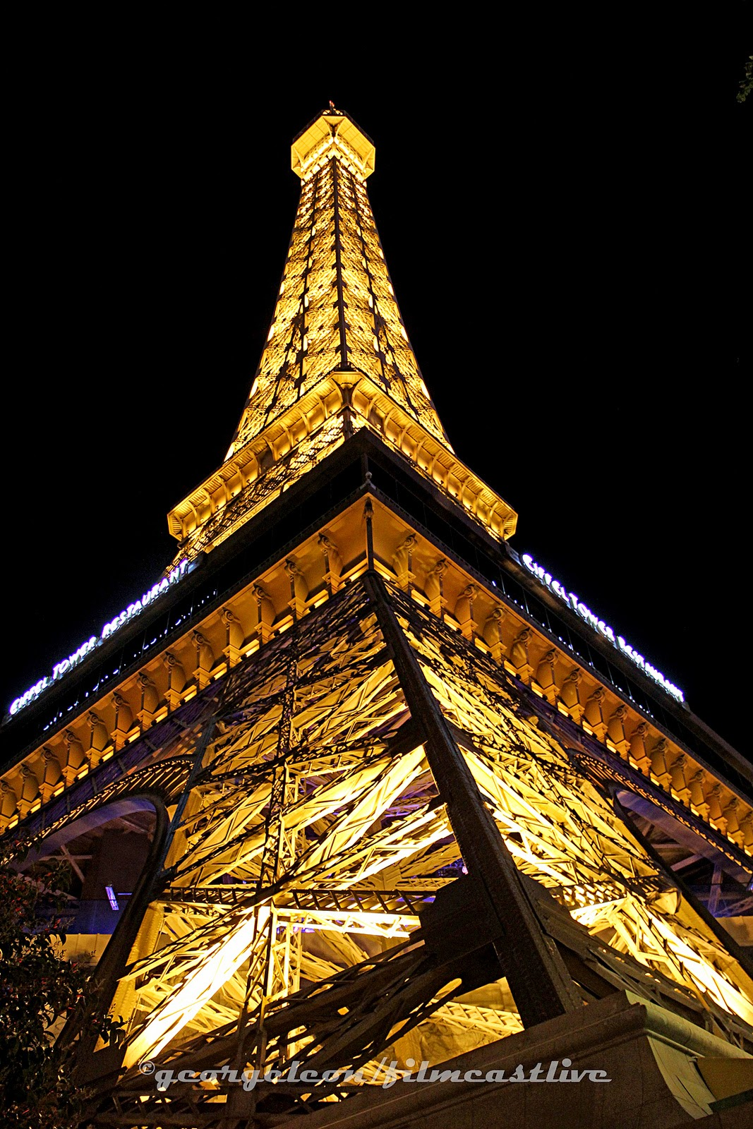 Paris Paris Casino, Eiffel Tower Las Vegas.  George Leon