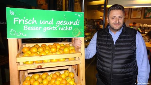 DW: Ο «Γρηγόρης» από την Κρήτη στη Γερμανία