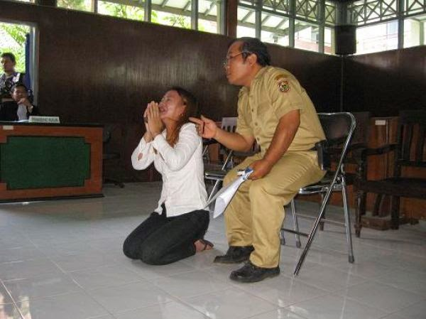 Ruang Apresiasi The Death Penalty In Indonesia For Illegal Drug Trade Decisiveness Or Political Immaturity Of Indonesian Government