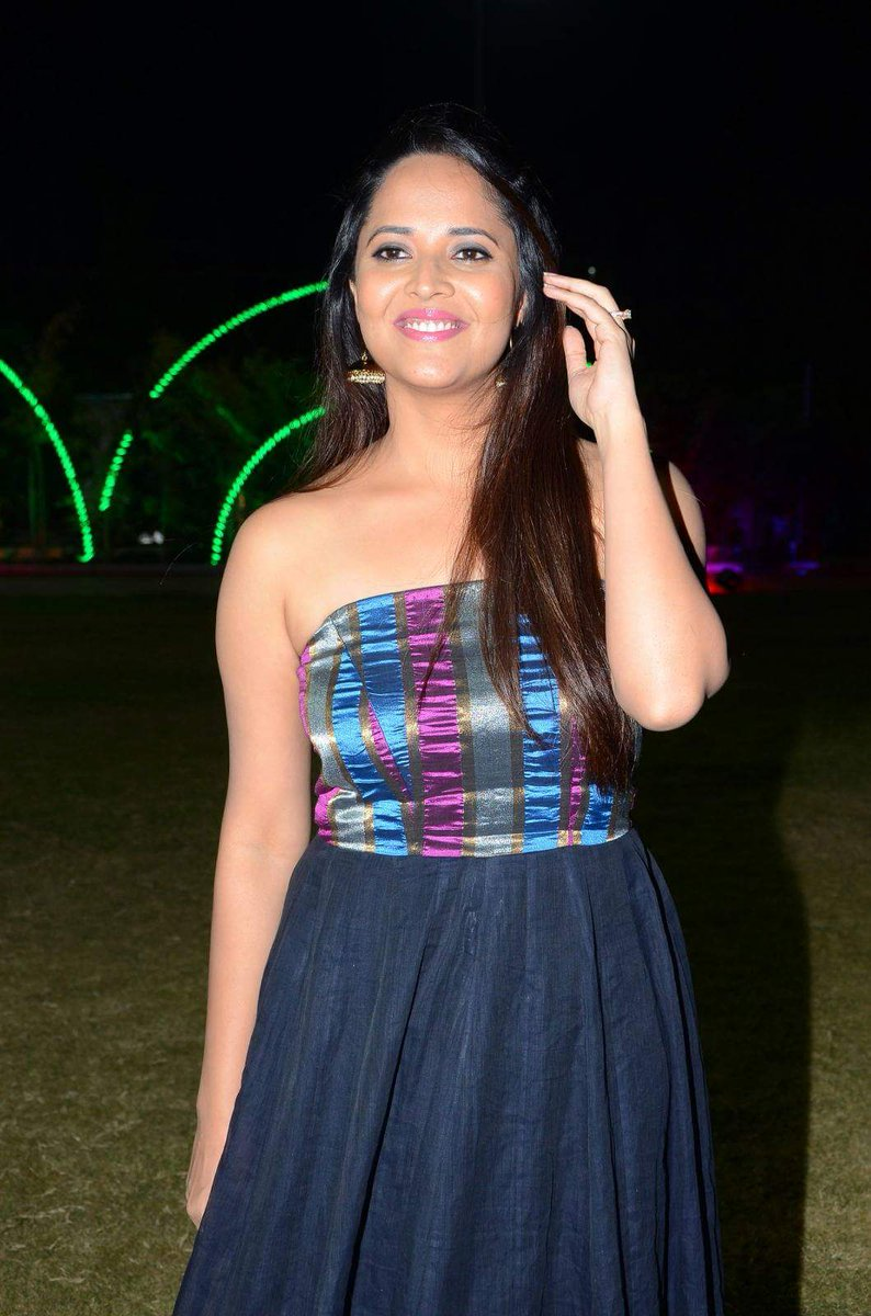 Actress AnasuyaBharadwaj Latest HD Images