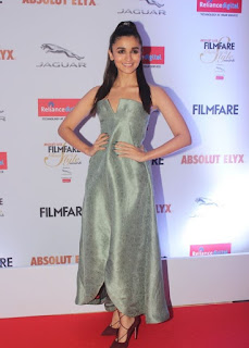 Alia Bhatt Stills At Filmfare Glamour and Style Awards (7)