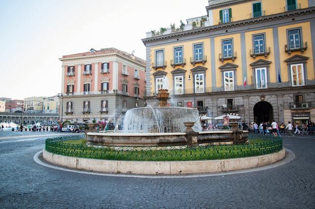 Piazza Trieste e Trento-Napoli