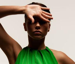 9f330b82519 WomanLike: 20 γρήγοροι τρόποι για να ανανεώσετε την εμφάνιση σας