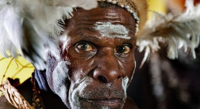 Mengenal Suku Asmat Lebih Dekat