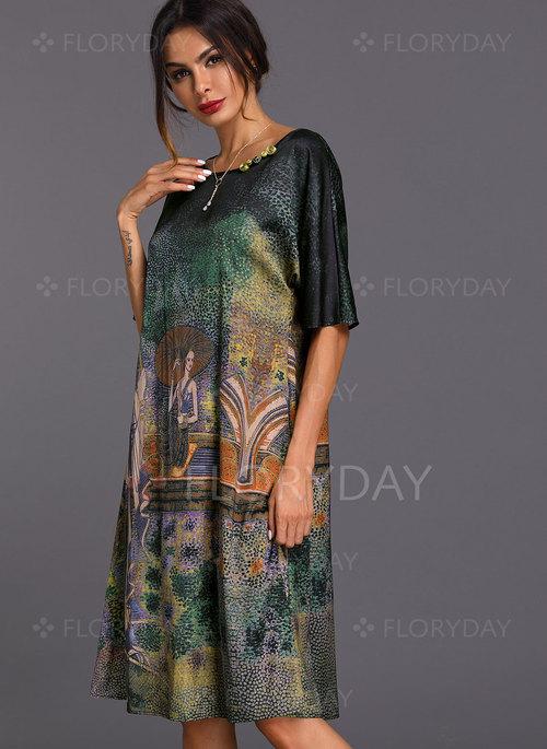 Geometric Appliques Half Sleeve Knee-Length Shift Dress