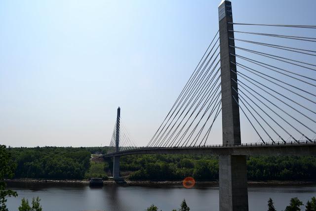 Смотровая площадка на мосту Пенобскот, штат Мэн (Penobscot Narows Bridge and Observatory, ME)
